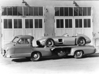 Mercedes_Benz_Blue_Wonder_Transporter_1954_06